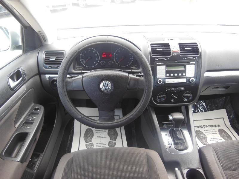2009 Volkswagen Jetta S 4dr Sedan 6A - Garland TX