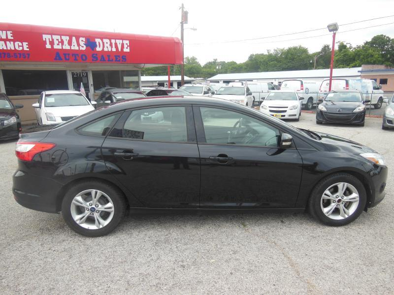 2013 Ford Focus SE 4dr Sedan - Garland TX