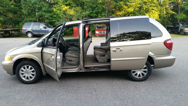 2003 Chrysler Town and Country EX 4dr Extended Mini-Van - Tilton NH