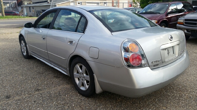 2002 Nissan Altima 2.5 S 4dr Sedan - Tilton NH