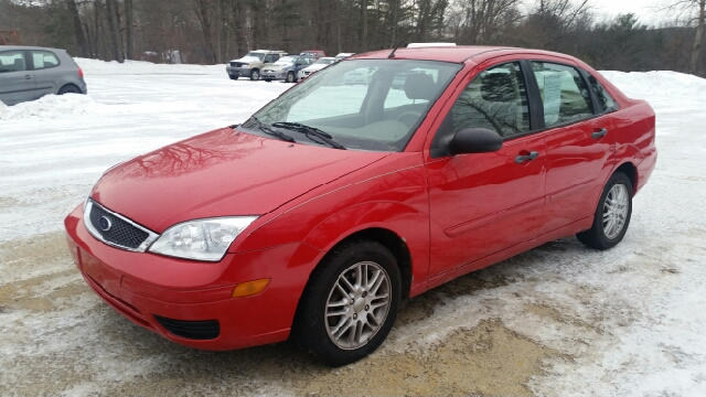 2005 Ford Focus ZX4 SE 4dr Sedan - Tilton NH