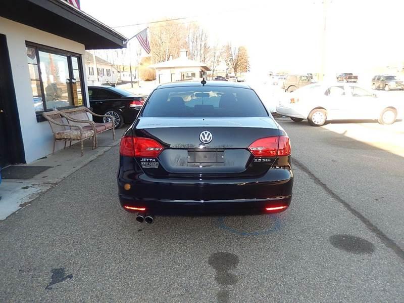 2011 Volkswagen Jetta SEL 4dr Sedan 5M w/ Sport Package In Wantage