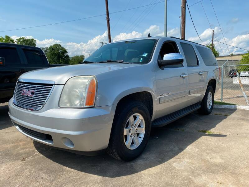 2011 GMC Yukon XL for sale at Bobby Lafleur Auto Sales in Lake Charles LA