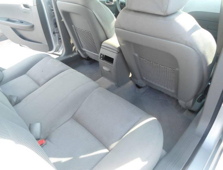 2011 Chevrolet Malibu LS 4dr Sedan - Greenfield OH