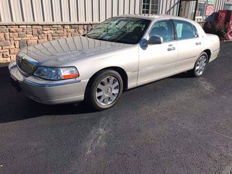 2003 Lincoln Town Car for sale in Modena, NY