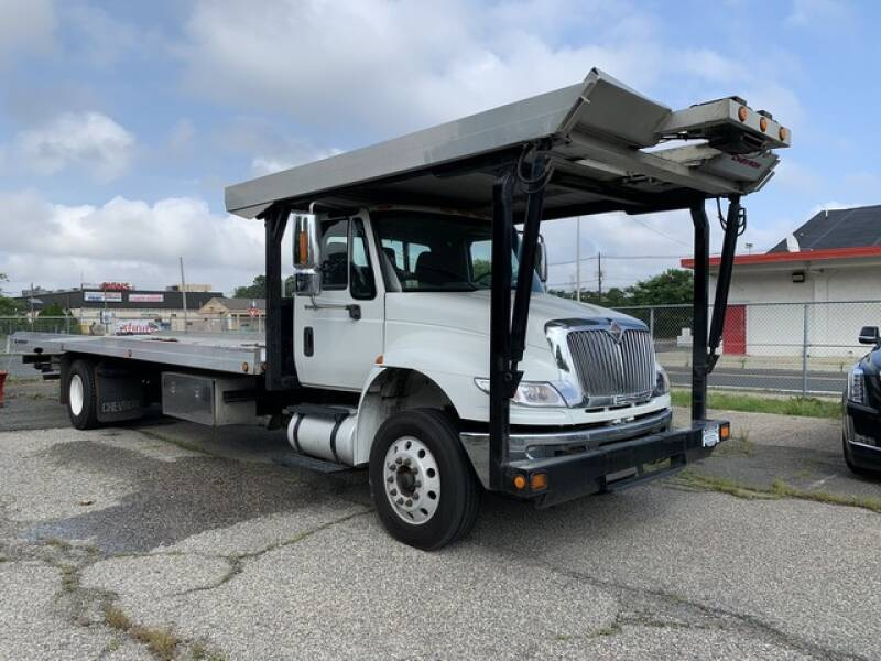 2011 International DuraStar 4400 TOW TRUCK - Avenel NJ