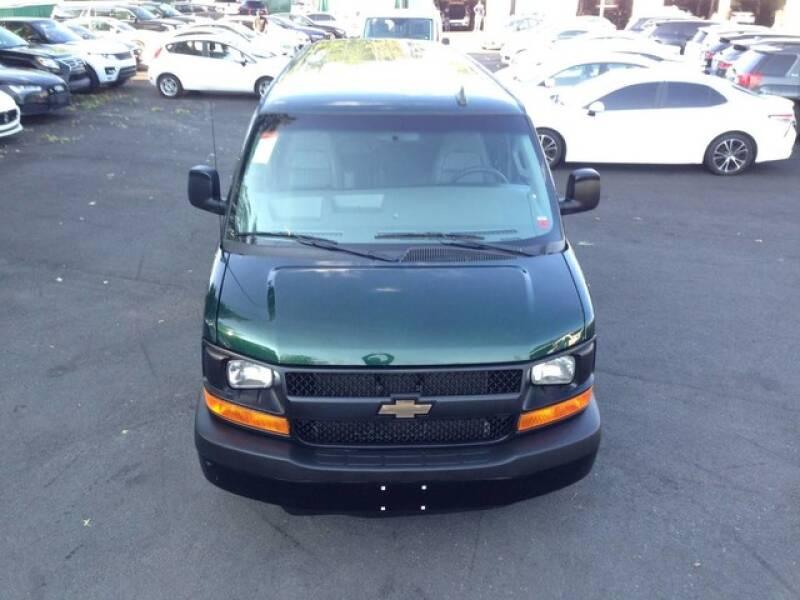 2016 Chevrolet Express Passenger LS 3500 3dr Extended Passenger Van w/1LS - Avenel NJ