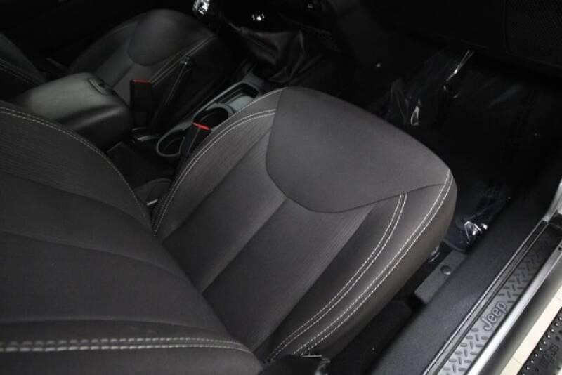 2015 Jeep Wrangler Unlimited 4x4 Rubicon 4dr SUV - Avenel NJ