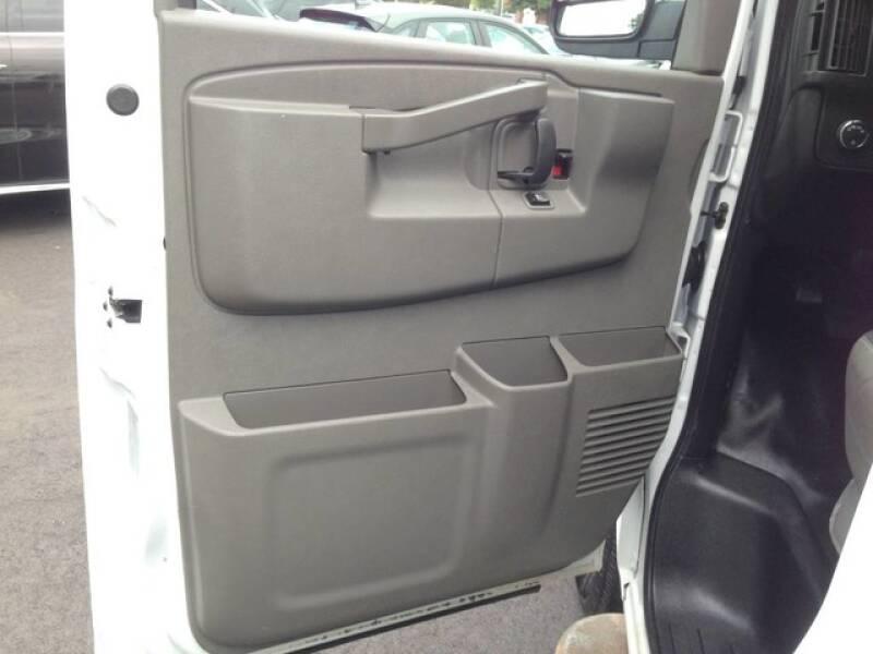 2018 Chevrolet Express Cargo 2500 3dr Cargo Van - Avenel NJ