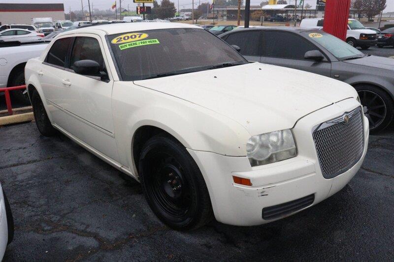 Chrysler 300 2007 Base 4dr Sedan