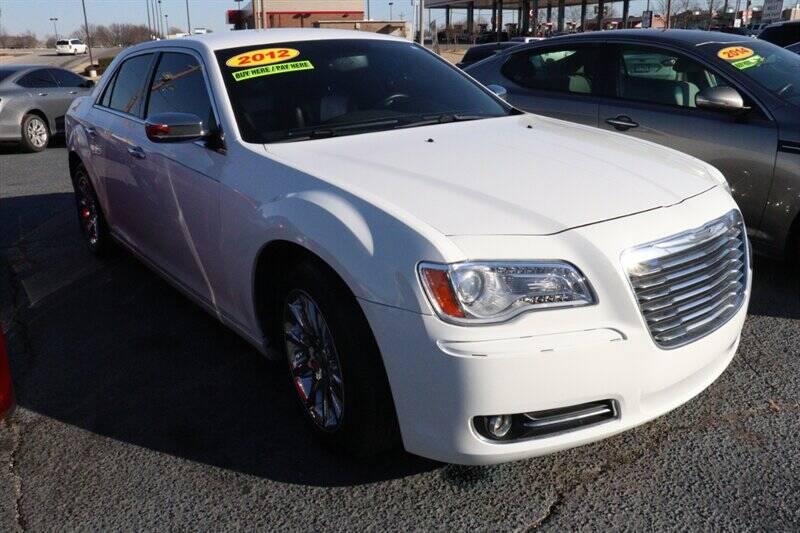 Chrysler 300 2012 Limited 4dr Sedan