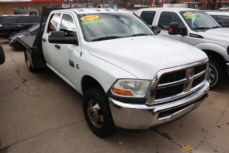 RAM Ram Chassis 3500 2011 Laramie 4x2 4dr Crew Cab 172.4 in. WB Chassis