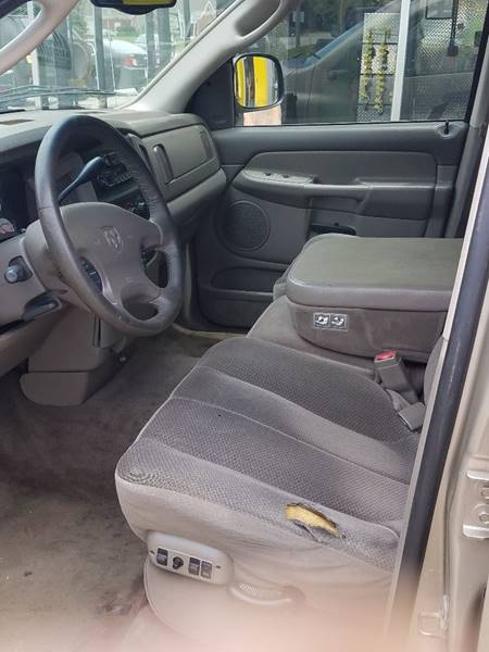 2002 Dodge Ram Pickup 1500 4dr Quad Cab SLT 2WD SB - Cedar Rapids IA