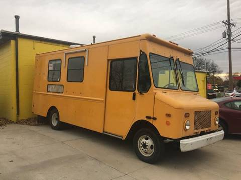 2005 Chevy Workhorse P42 Food Truck for sale in Cedar Rapids, IA