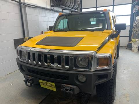 2006 HUMMER H3 for sale at Home Town Auto Group West in Cedar Rapids IA