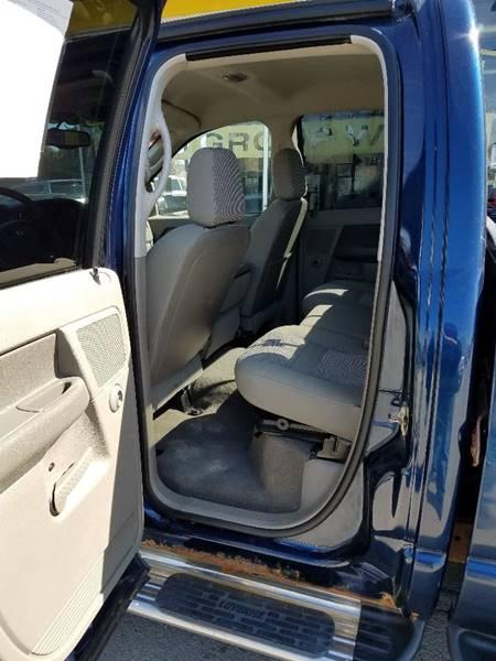 2006 Dodge Ram Pickup 2500 SLT 4dr Quad Cab 4WD LB - Cedar Rapids IA