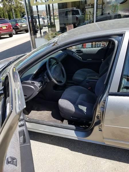 1999 Plymouth Breeze 4dr Sedan - Cedar Rapids IA