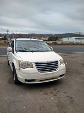 2009 Chrysler Town and Country Touring for sale at Cheap Auto Rental llc in Wallingford CT