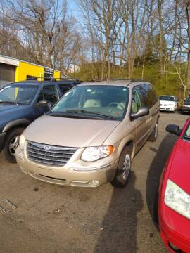 2006 Chrysler Town and Country Touring for sale at Cheap Auto Rental llc in Wallingford CT