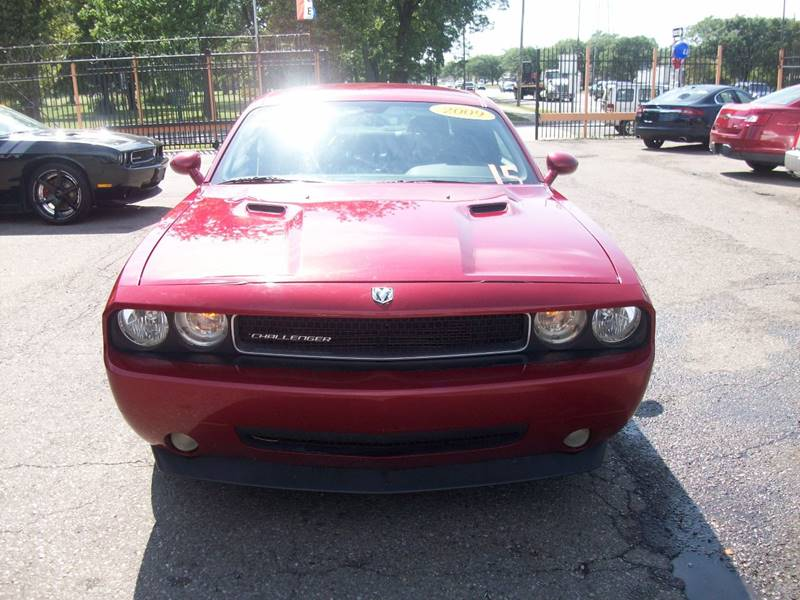 2009 Dodge Challenger  Miles 207262Color Red Stock 3973B VIN 2B3LJ44V59H508868