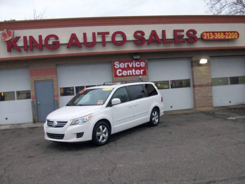 2011 Volkswagen Routan car for sale in Detroit