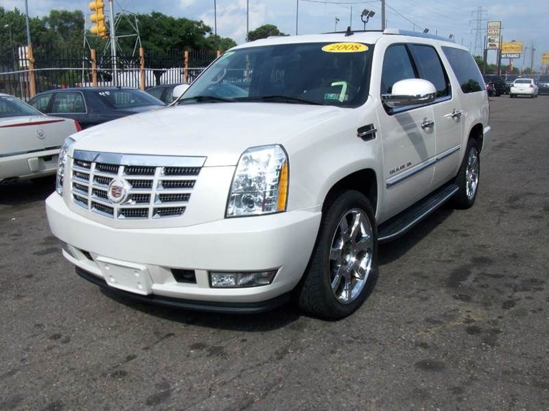 2008 Cadillac Escalade Esv  Miles 109043Color white Stock 3768b VIN 1GYFK66858R149087