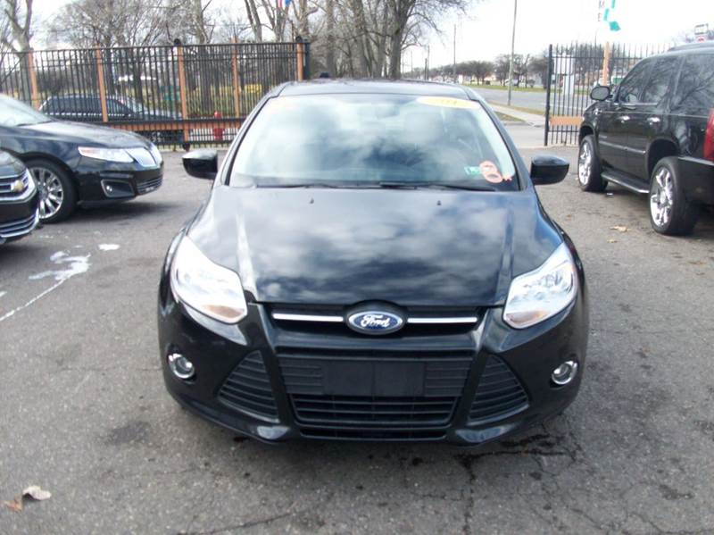 2012 Ford Focus  Miles 62634Color Charcoal Stock 3872b VIN 1FAHP3F27CL115289