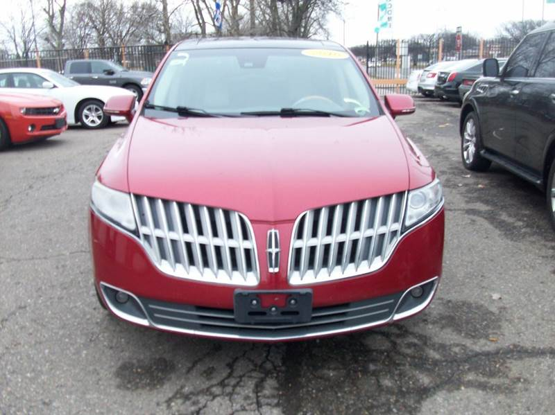 2010 Lincoln Mkt  Miles 98681Color RED Stock 3901B VIN 2LMHJ5AT8ABJ10669