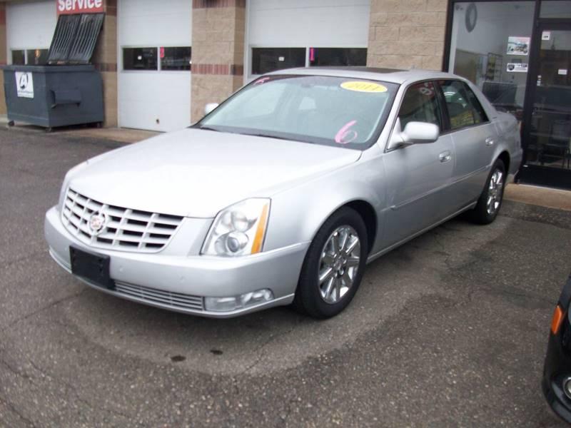 2011 Cadillac Dts  Miles 83570Color Silver Stock 3925b VIN 1G6KH5E68BU143711