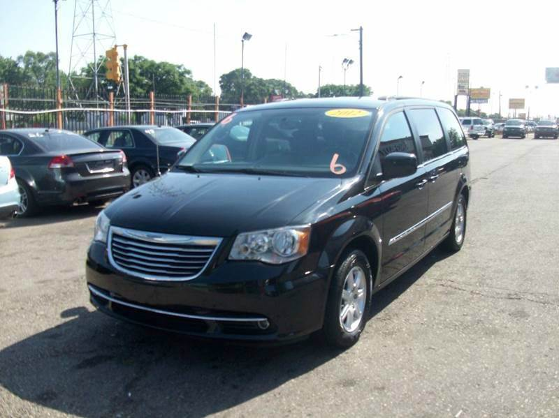 2012 Chrysler Town  Country  Miles 106805Color Black Stock 3759B VIN 2c4rc1bg7cr212676