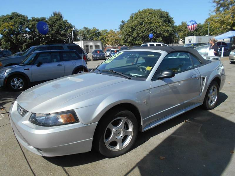 2003 Ford Mustang for sale at CALIFORNIA AUTOMART in San Jose CA