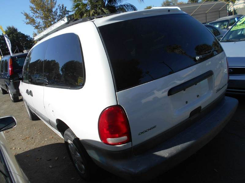 1997 Dodge Grand Caravan for sale at CALIFORNIA AUTOMART in San Jose CA