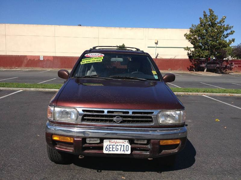 1996 Nissan Pathfinder for sale at CALIFORNIA AUTOMART in San Jose CA