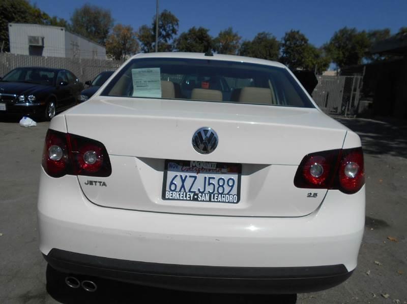 2008 Volkswagen Jetta for sale at CALIFORNIA AUTOMART in San Jose CA