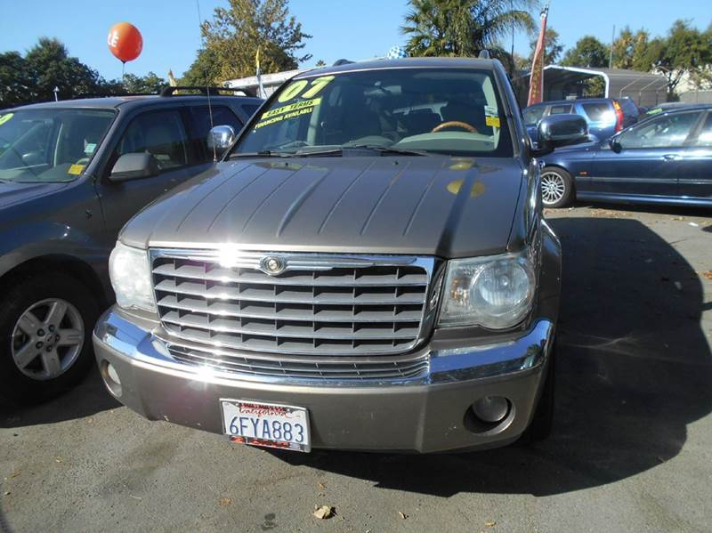 2007 Chrysler Aspen for sale at CALIFORNIA AUTOMART in San Jose CA