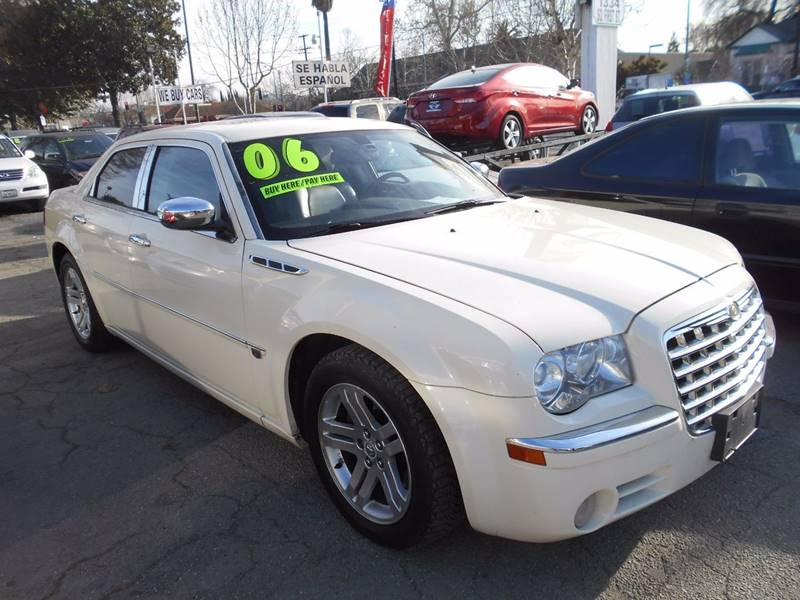 2006 Chrysler 300 for sale at CALIFORNIA AUTOMART in San Jose CA