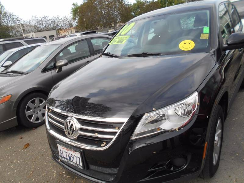 2010 Volkswagen Tiguan for sale at CALIFORNIA AUTOMART in San Jose CA