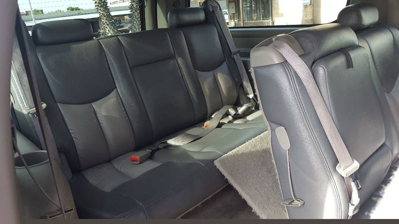 2004 GMC Yukon XL for sale at Inland Auto Exchange in Norco CA