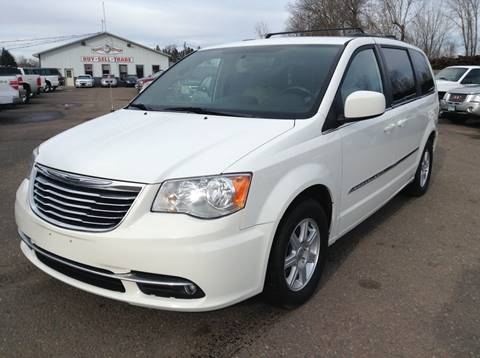 2011 Chrysler Town and Country for sale in Cambridge, MN