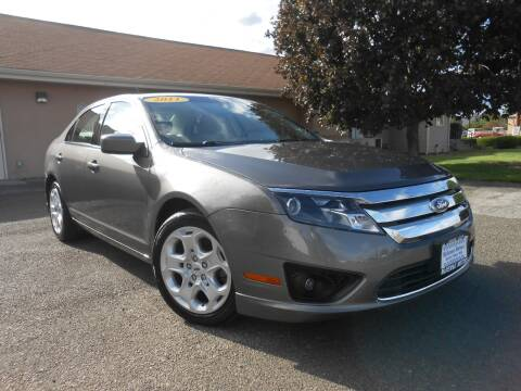 2011 Ford Fusion for sale at McKenna Motors in Union Gap WA
