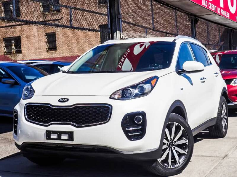 2017 Kia Sportage for sale at HILLSIDE AUTO MALL INC in Jamaica NY