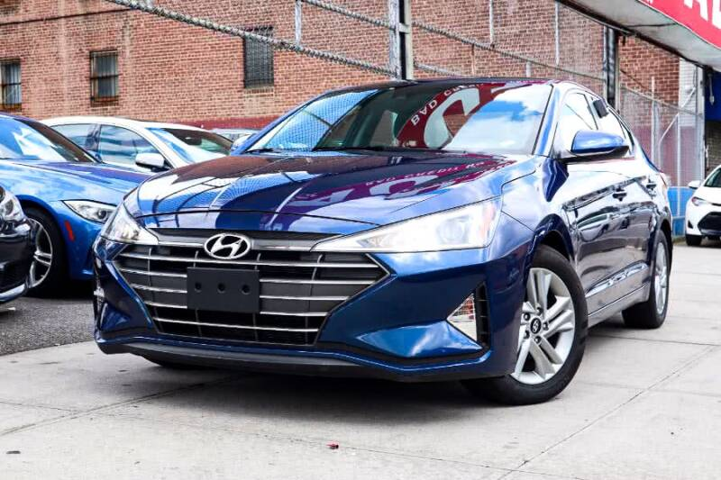 2017 Chevrolet Malibu for sale at HILLSIDE AUTO MALL INC in Jamaica NY