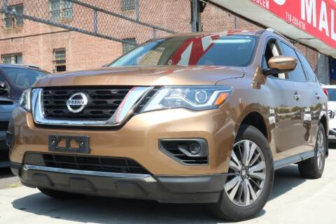 2017 Nissan Pathfinder for sale at HILLSIDE AUTO MALL INC in Jamaica NY