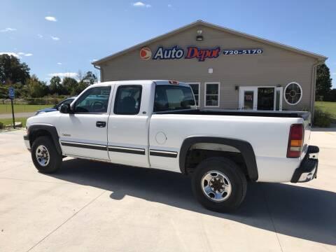 2000 Chevrolet Silverado 2500 for sale at The Auto Depot in Mount Morris MI