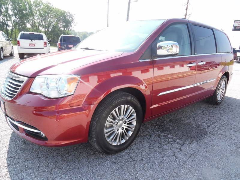 2013 Chrysler Town and Country Touring-L 4dr Mini-Van - Springfield NE