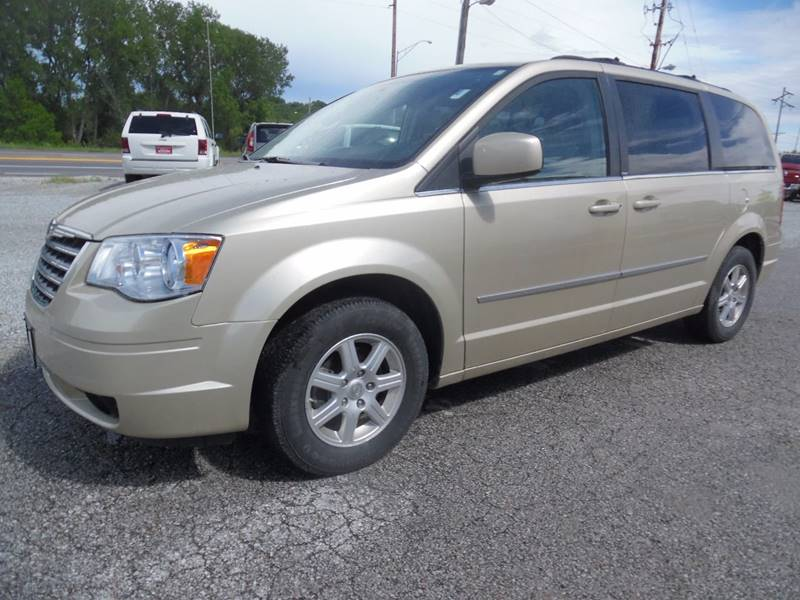 2010 Chrysler Town and Country Touring Plus 4dr Mini-Van - Springfield NE
