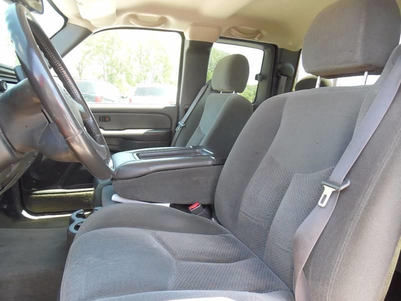 2004 Chevrolet Silverado 1500 4dr Extended Cab Z71 4WD SB - Springfield NE