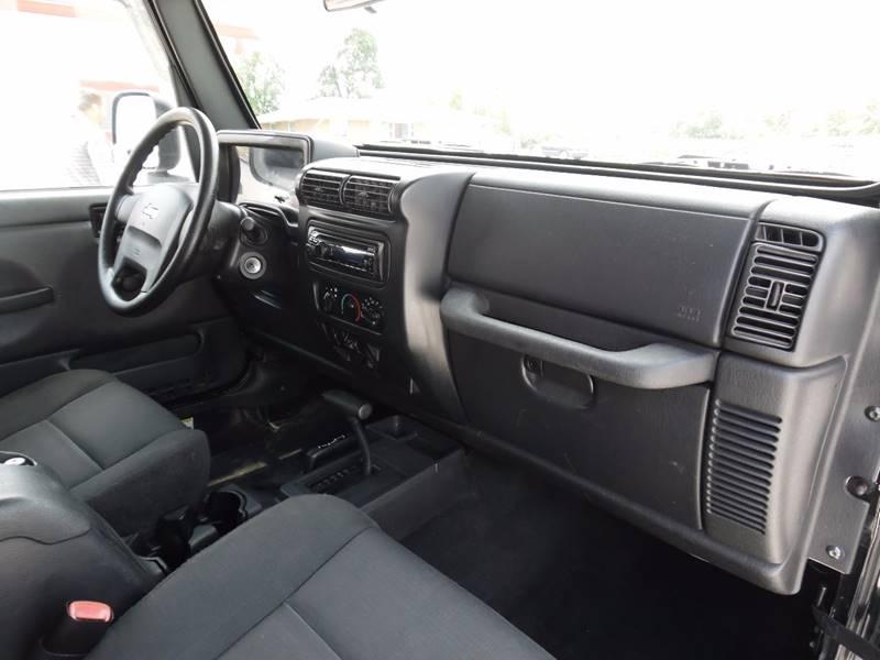 2006 Jeep Wrangler X 2dr SUV 4WD - Springfield NE