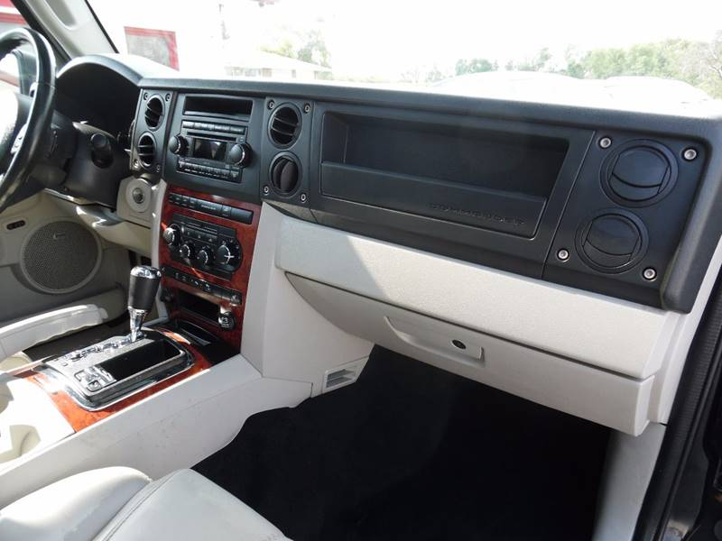 2007 Jeep Commander Limited 4dr SUV 4WD - Springfield NE