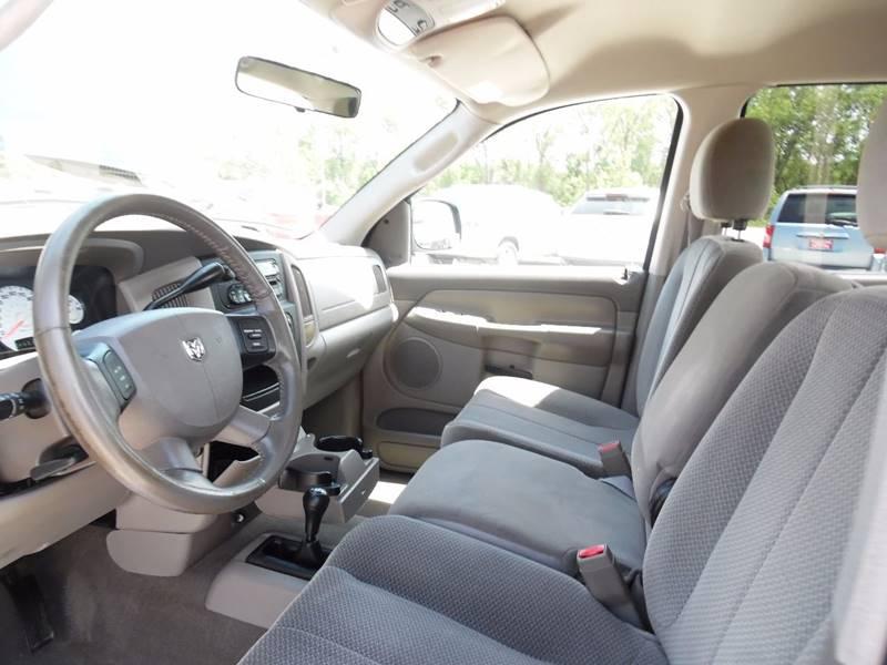 2005 Dodge Ram Pickup 2500 4dr Quad Cab SLT 4WD LB - Springfield NE